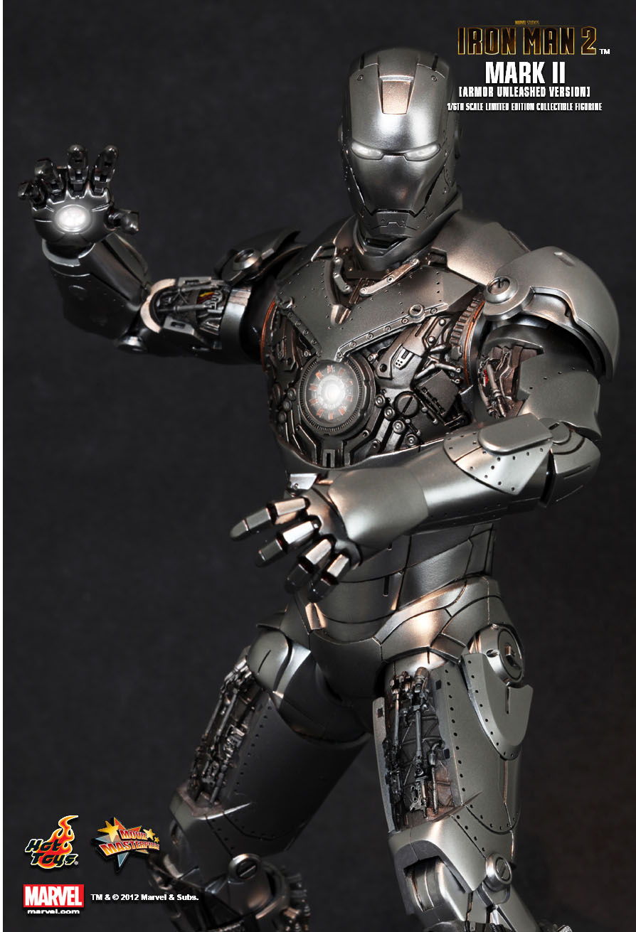 Hot Toys : Iron Man 2 - Mark II (Armor Unleashed Version ...