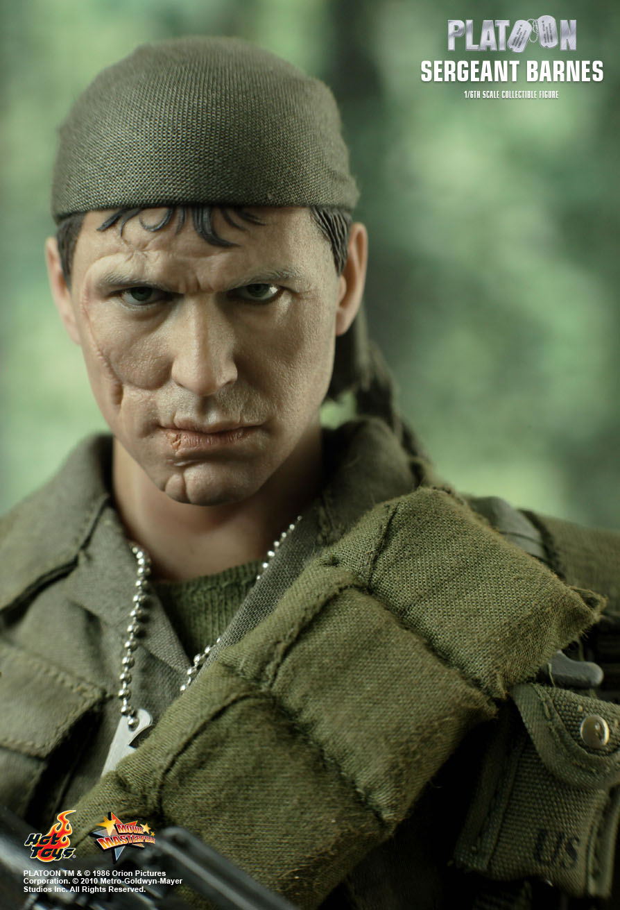 Hot Toys Platoon Sergeant Barnes 1 6th Scale