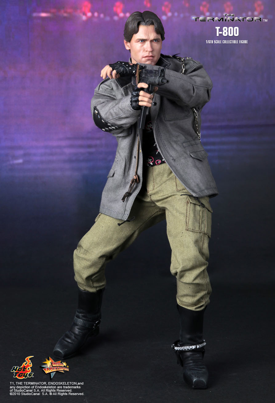 Hot Toys The Terminator T800 1 6th Scale Collectible