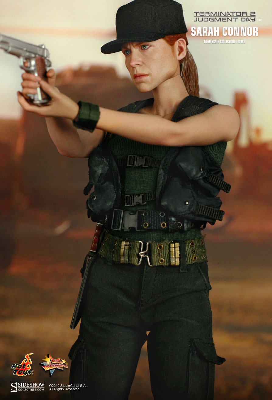 Hot Toys Terminator 2 Judgment Day Sarah Connor 1 6th