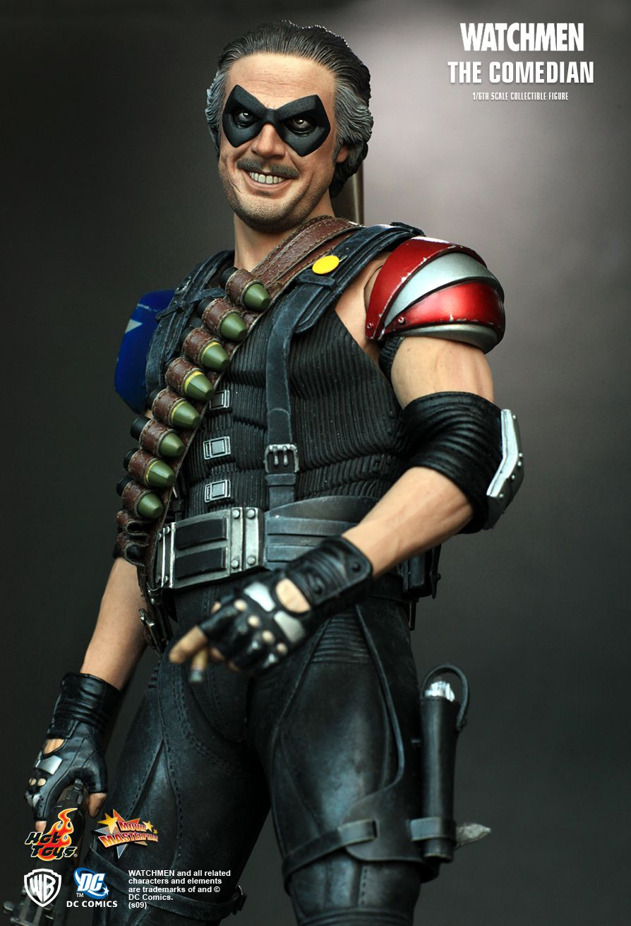 Hot Toys : Watchmen - The Comedian 1/6th scale collectible ...