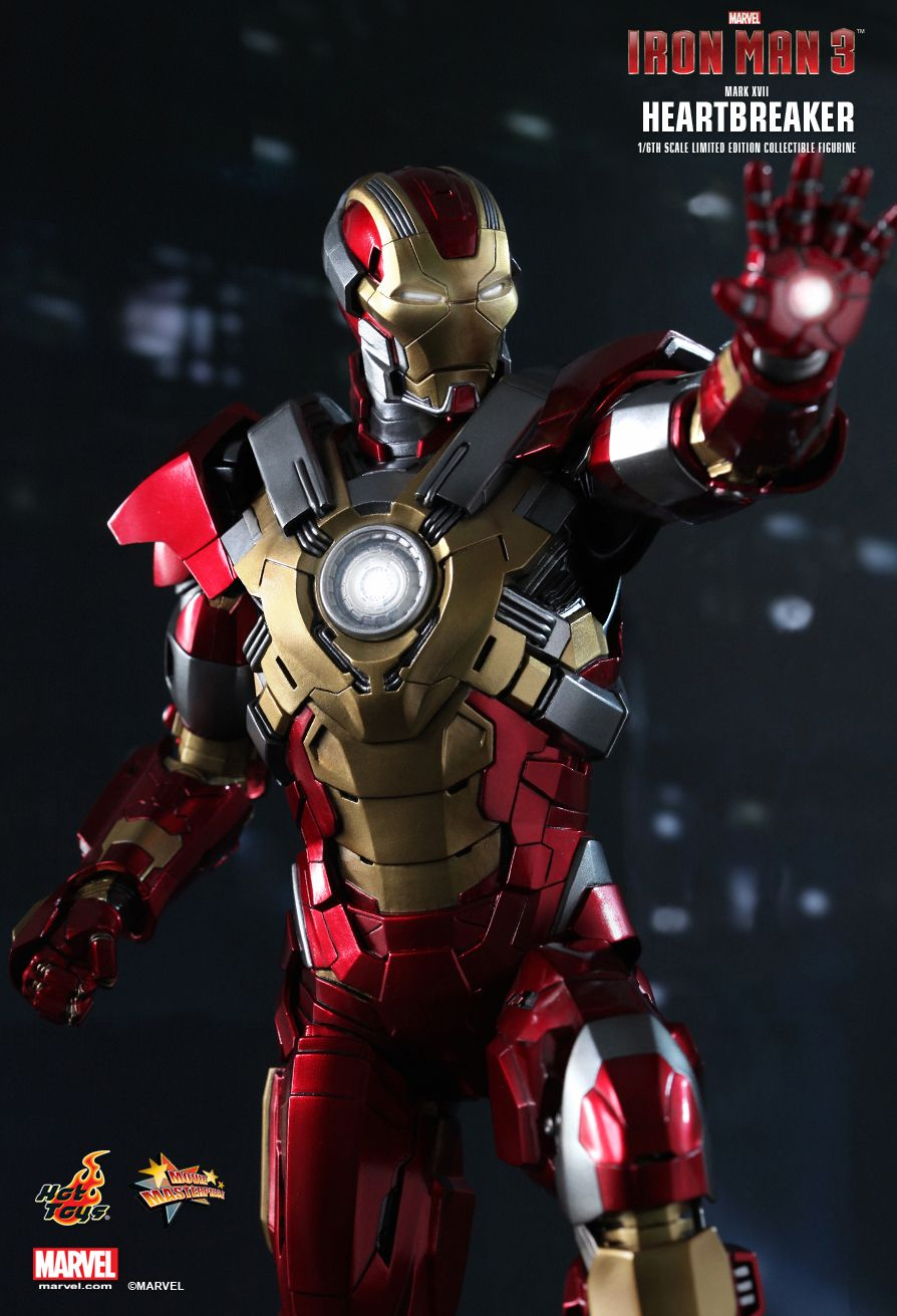 Iron Man 3 Armor Suits Mark 17 Hot Toys : Iron Man 3 ...