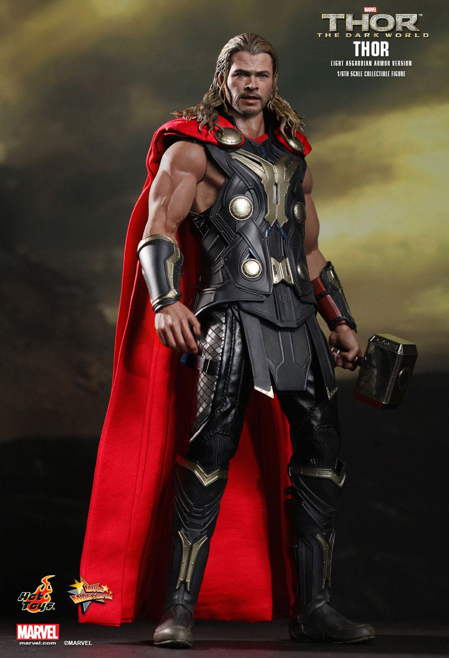 Hot Toys : Thor: The Dark World - Thor (Light Asgardian Armor Version) 1/6th scale Collectible Figure