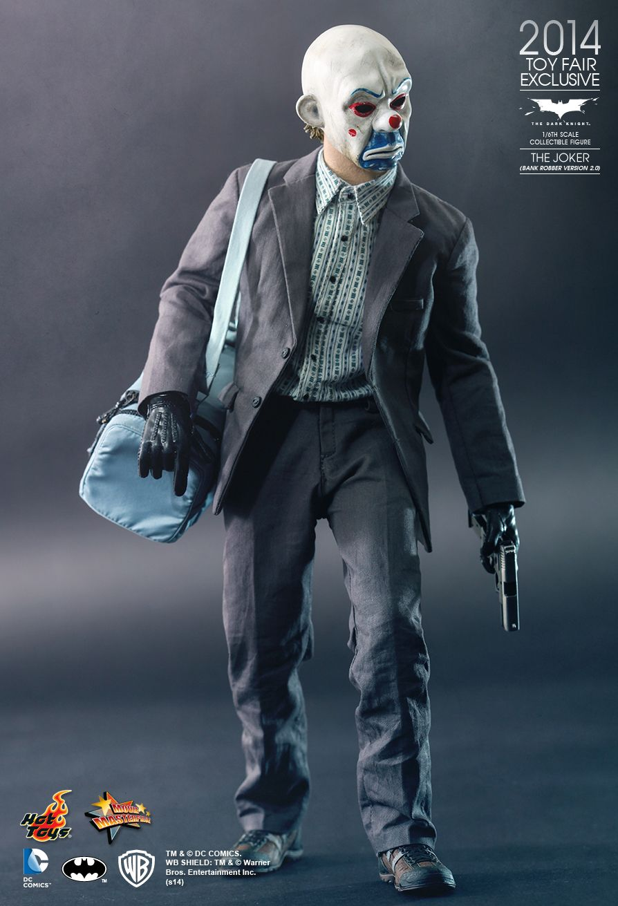 Hot Toys  The Dark Knight - The Joker (Bank Robber Version 2.0) 1/6th scale Collectible Figure & Hot Toys : The Dark Knight - The Joker (Bank Robber Version 2.0) 1 ...