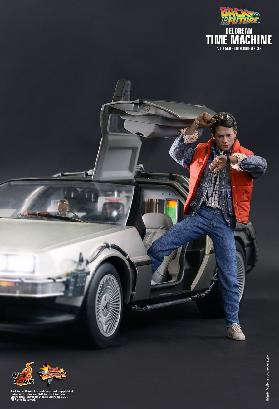 Hot Toys Back To The Future Delorean Time Machine 1
