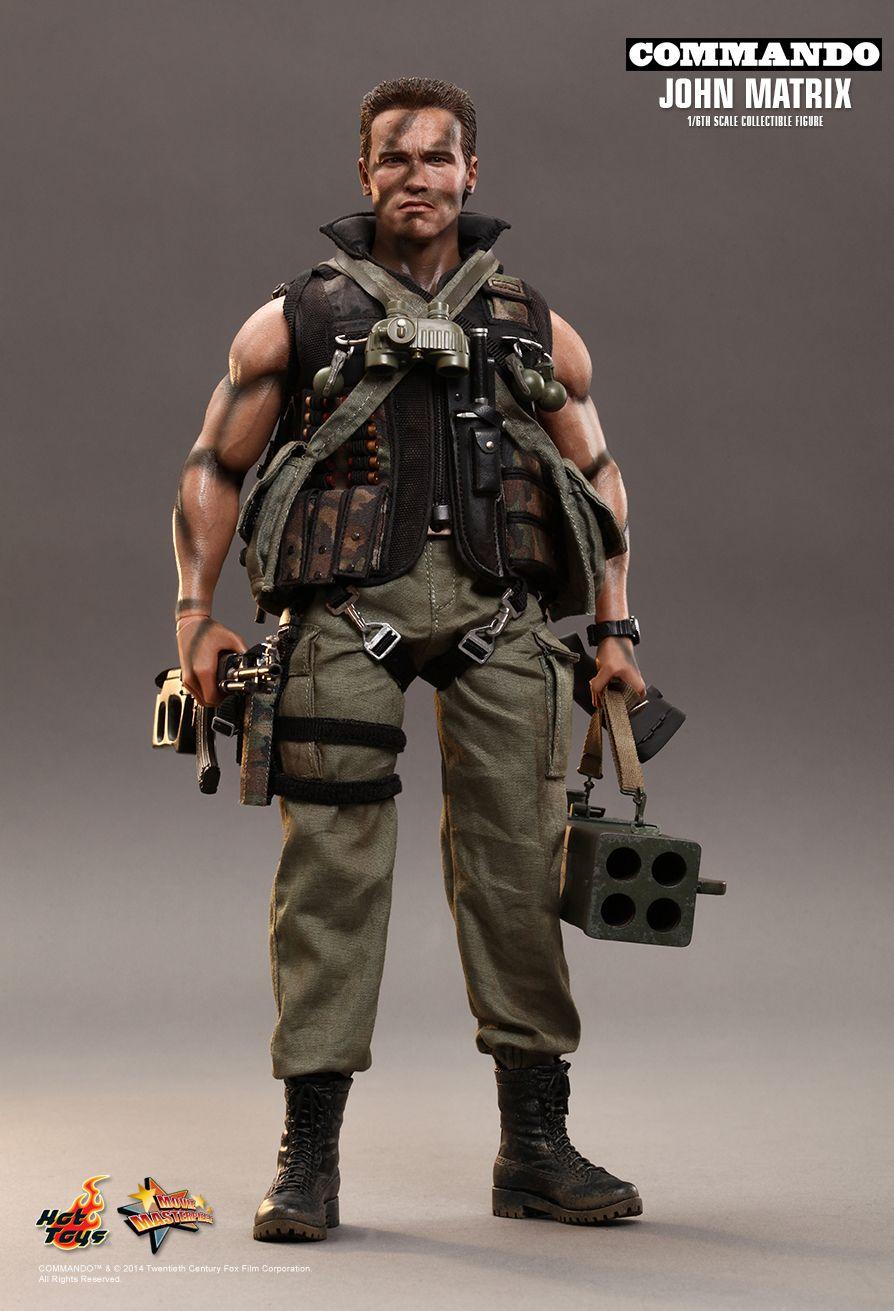 Hot Toys Commando John Matrix 1 6th Scale Collectible