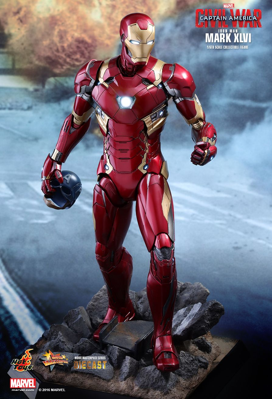 hot-toys-sideshow-doll-civil-war-iron-man-die-cast