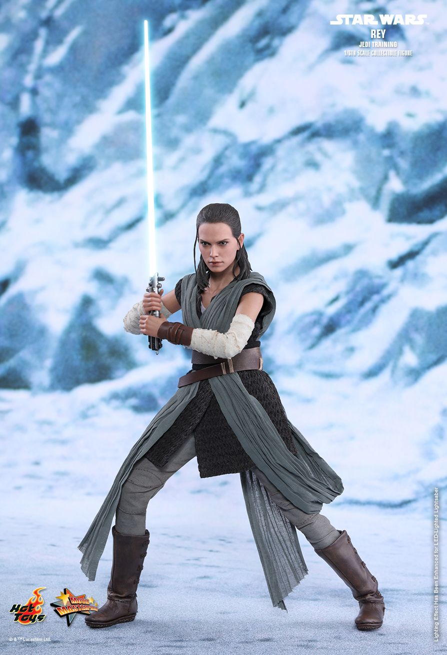 Hot Toys Star Wars The Last Jedi Rey Jedi Training