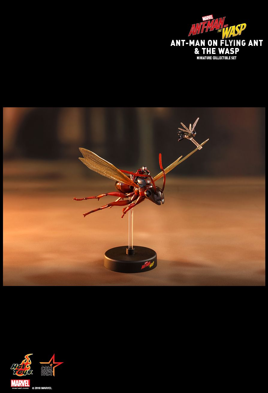 Hot Toys : Ant-Man and the Wasp - Ant-Man on Flying Ant and the Wasp Miniature Collectible Set
