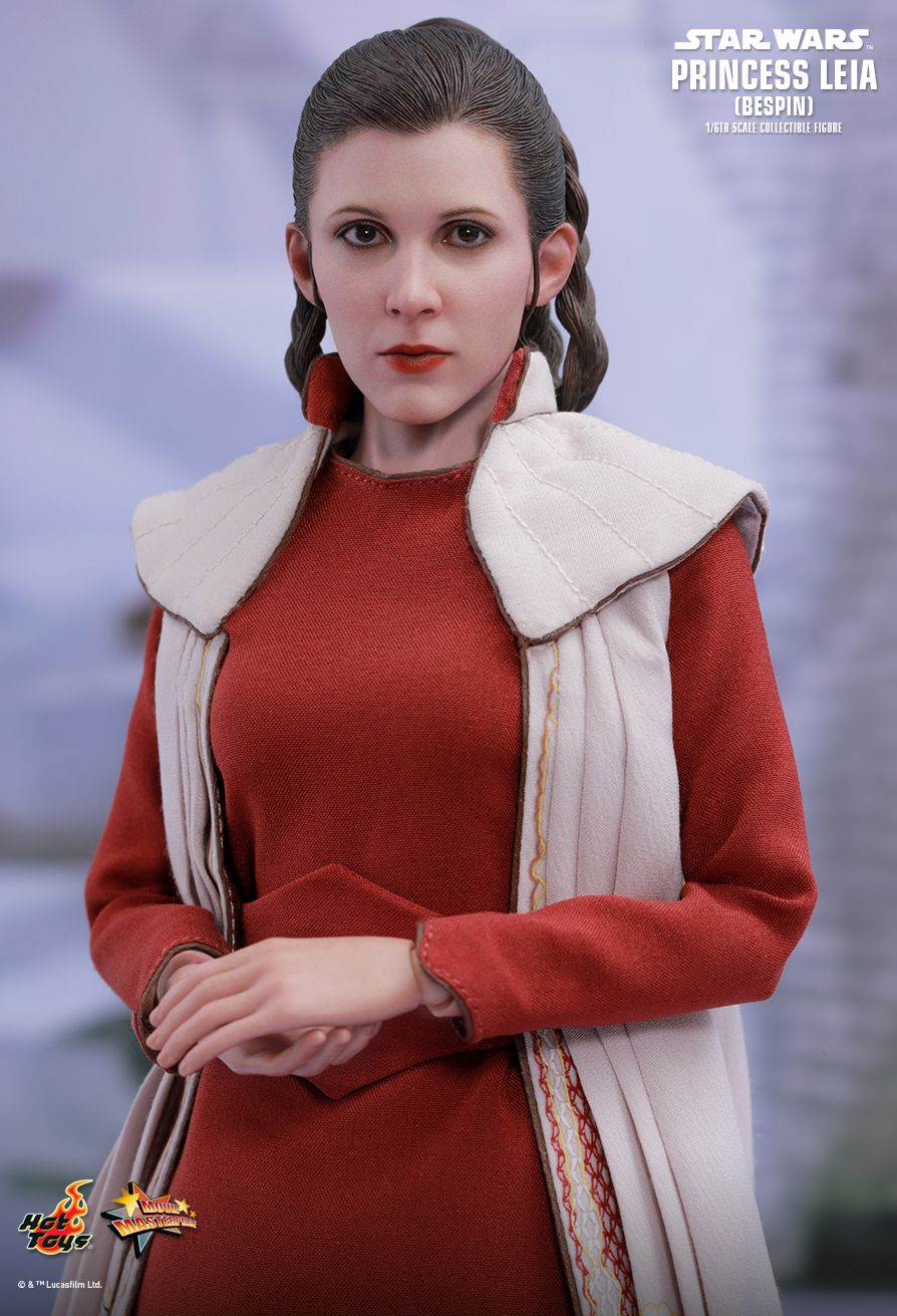 Hot Toys : Star Wars: The Empire Strikes Back - Princess Leia (Bespin)  1/6th scale Collectible Figure