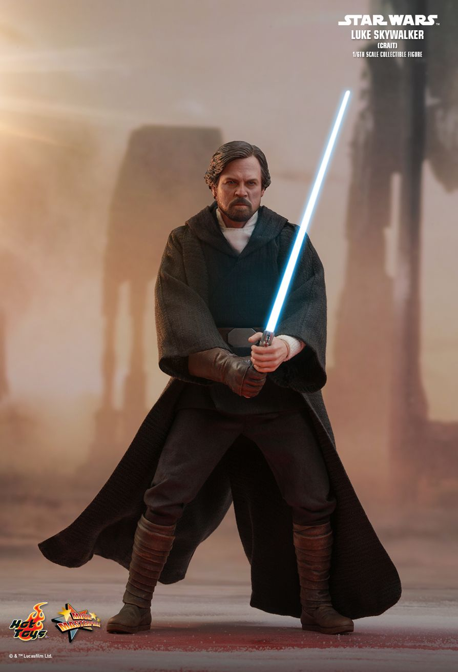Hot Toys : Star Wars: The Last Jedi - Luke Skywalker (Crait) 1/6th scale Collectible Figure