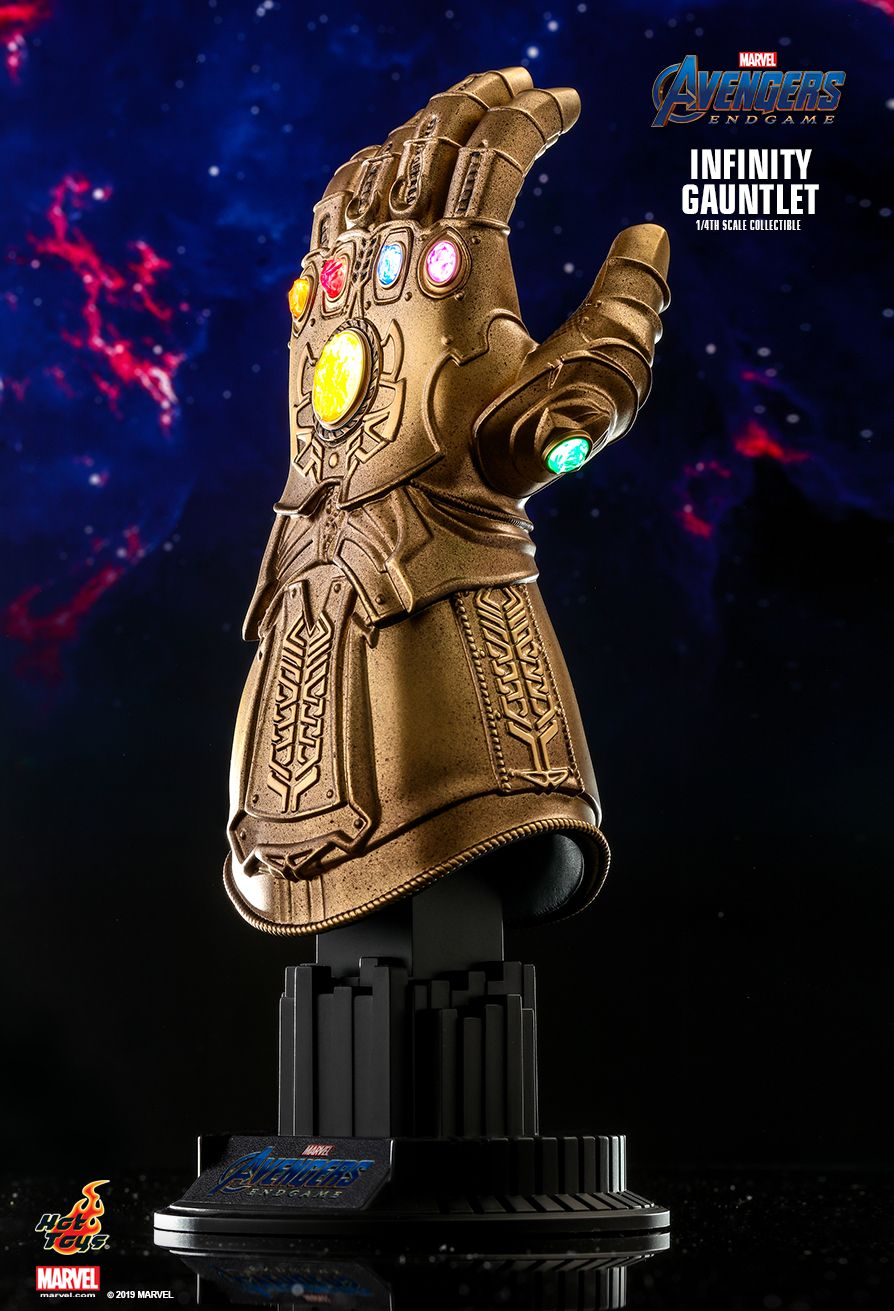 Hot Toys : Avengers: Endgame - Infinity Gauntlet 1/4th scale Collectible