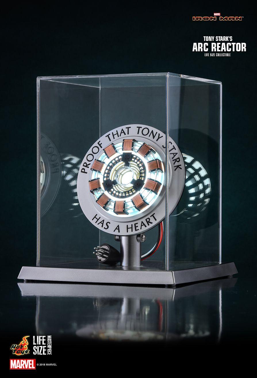 Hot Toys : Iron Man - Tony Stark's Arc Reactor Life-Size Collectible