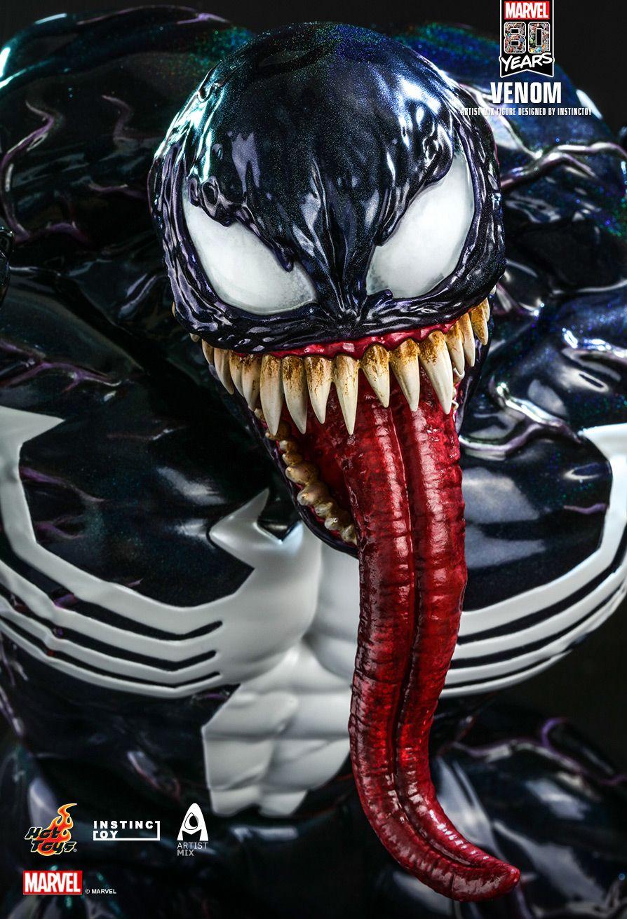 Hot Toys Marvel Comics 80th Anniversary Venom Artist